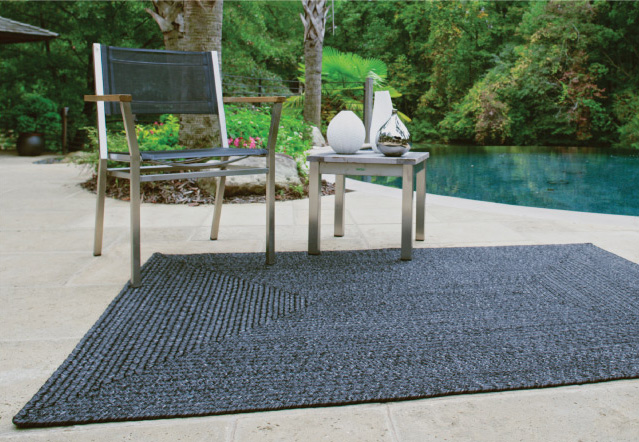 Black Outdoor Braided Rugs