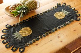 Pineapple Penny Table Runner